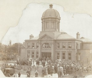 Dorman Museum opening in 1904, with kind permission of Middlesbrough Libraries.